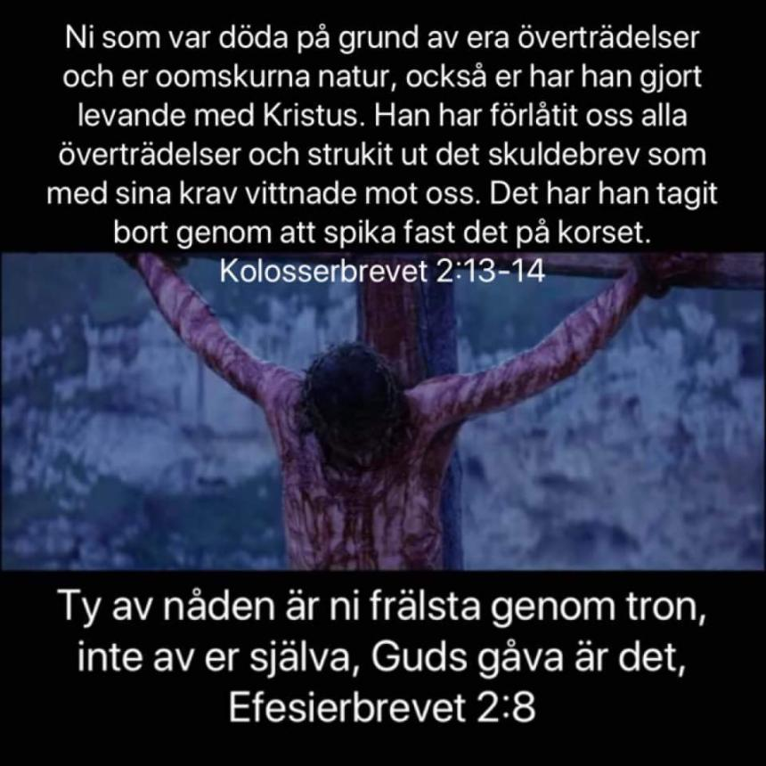 Jesus på korset och bibelord.