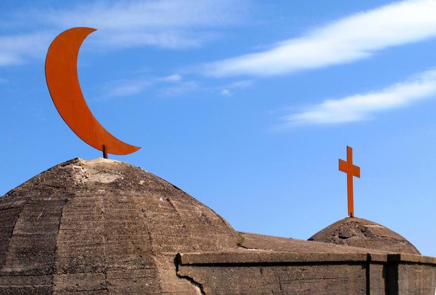 Halvmånen och korset.