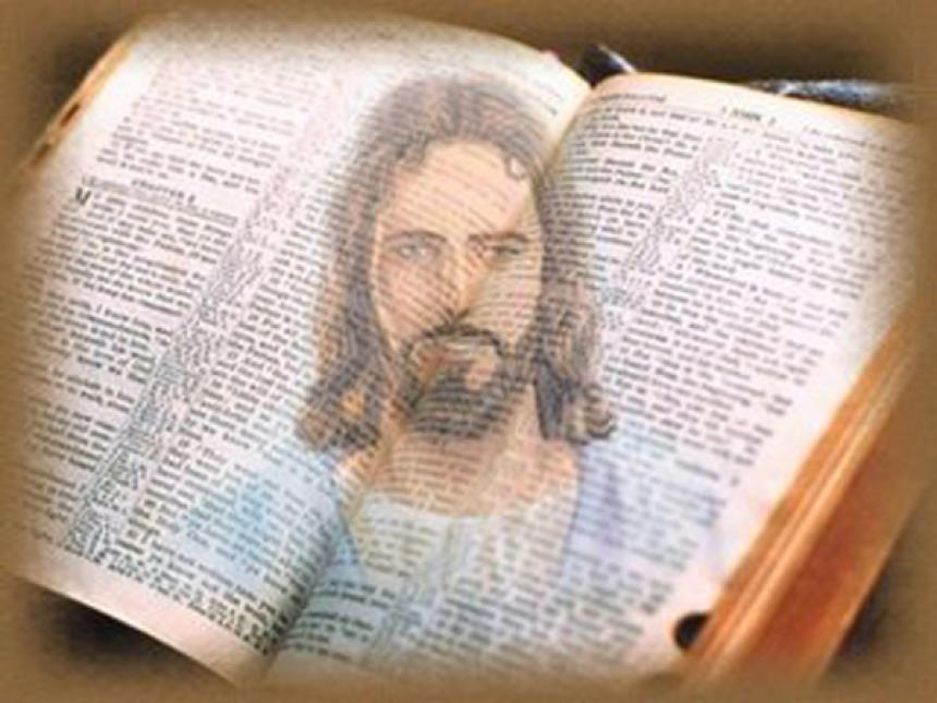 Jesus finns i hela bibeln - både i gamla och nya testamentet.